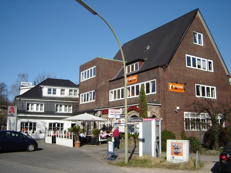 hamburg volksdorf stadtteil in hamburg. Black Bedroom Furniture Sets. Home Design Ideas