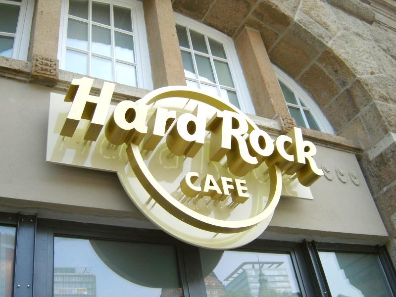 super bowl sunday live im hard rock cafe hamburg hamburg nachrichten. Black Bedroom Furniture Sets. Home Design Ideas